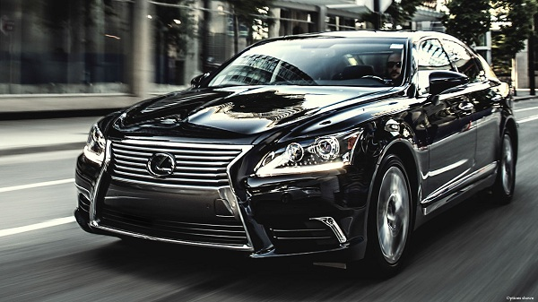 2015 Lexus LS In Depth Review- luxury cars in UAE-YesGulf