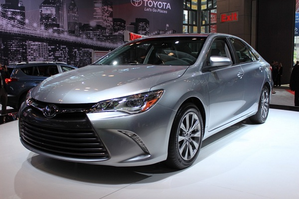 2015 Toyota Camry-automotive industry in uae-cars in UAE-YesGulf