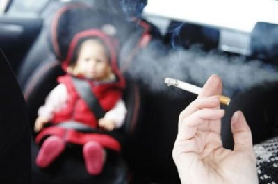 Second Hand Smoke to Non Smokers Essay 400x265 - Harmful Effects of Passive Smoking on Children's Teeth