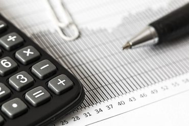 approved auditors in dubai 370x247 - 5 Benefits of Using External Auditing Services for Your Business