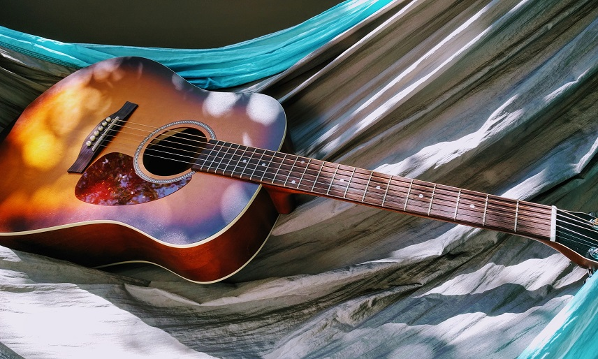 guitar - Everything You Need to Know Before Buying Your First Guitar in Dubai
